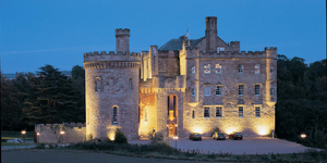 dalhousie-castle-hotel-spa-united-kingdom-meeting-hotel-vue-nuit