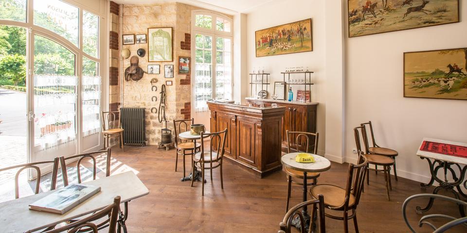Chateau De La Tour Chantilly Seminar And Meeting Gouvieux